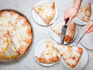 La famosa pizza al trancio di Spontini