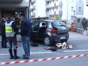 Travolge in auto i visitatori al mercatino di Natale a Sondrio: ragazzo accusato di strage