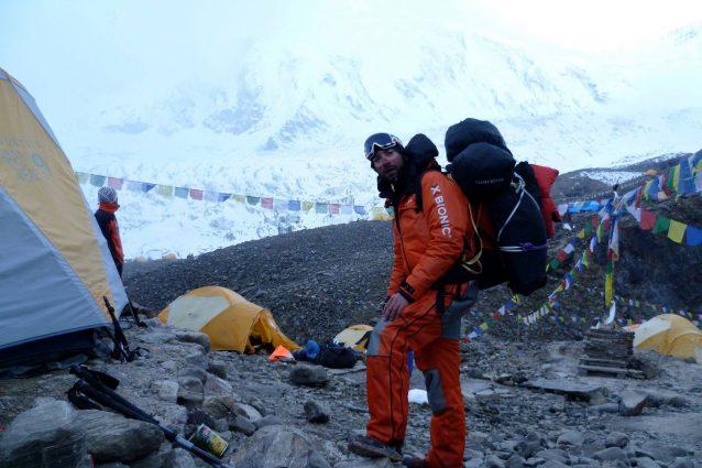 Morto l'alpinista Simone La Terra: tragedia in Nepal sul Dhaulagiri
