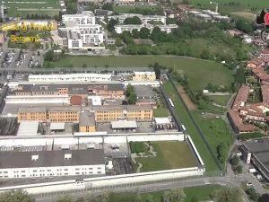 Una veduta del carcere di Bergamo dall'alto