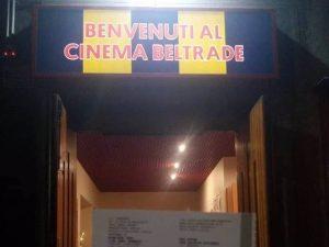 L'ingresso del cinema Beltrade di Milano