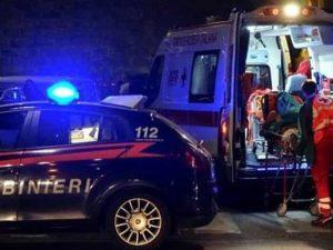 Castelleone, si schianta con l'auto contro un cancello: muor