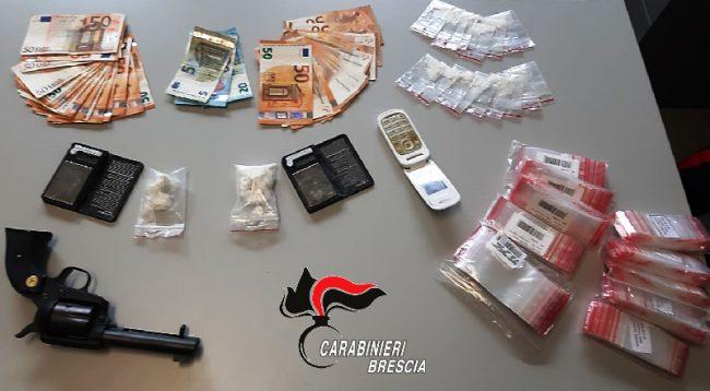 Roncadelle, cocaina, soldi e pistola in casa: arrestato pensionato spacciatore - Milano Fanpage.it