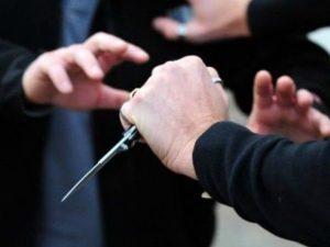 Ragazzo di 19 anni accoltellato in strada a Milano: bloccate