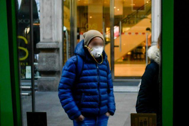 "Pontoglio, indossano la mascherina ""anti Coronavirus"" per fa"