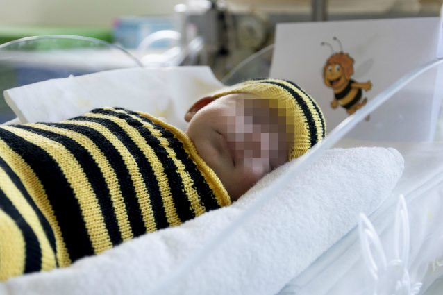 Milano, i bimbi prematuri in Terapia intensiva al Niguarda f