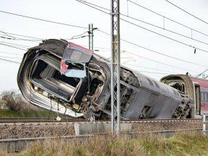Treno deragliato a Lodi, a breve la riapertura della linea a