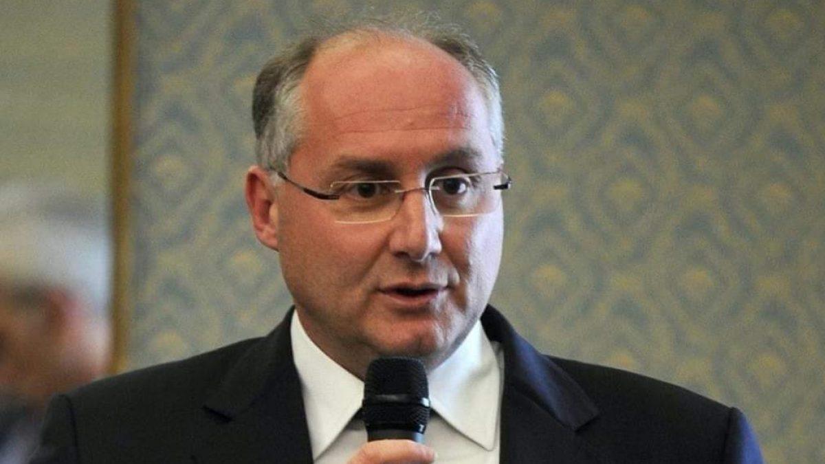 Positivo al covid Michele Strianese, presidente della provincia di Salerno