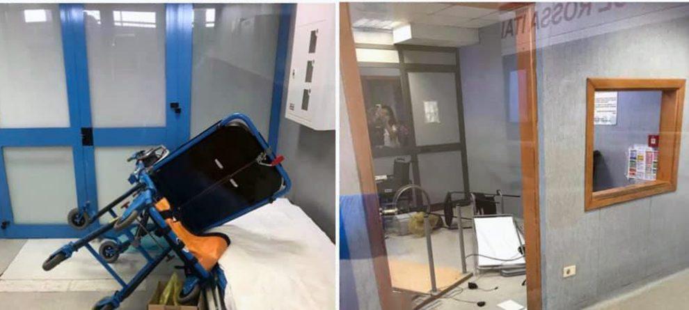Napoli, paziente si infuria e devasta il pronto soccorso dell'ospedale  Villa Betania
