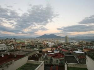 Meteo Napoli weekend 17-19 novembre, la pioggia lascia spazio al bel tempo