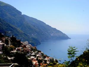 Costiera amalfitana rifiuti sversati in mare sequestrati for Due giorni in costiera amalfitana