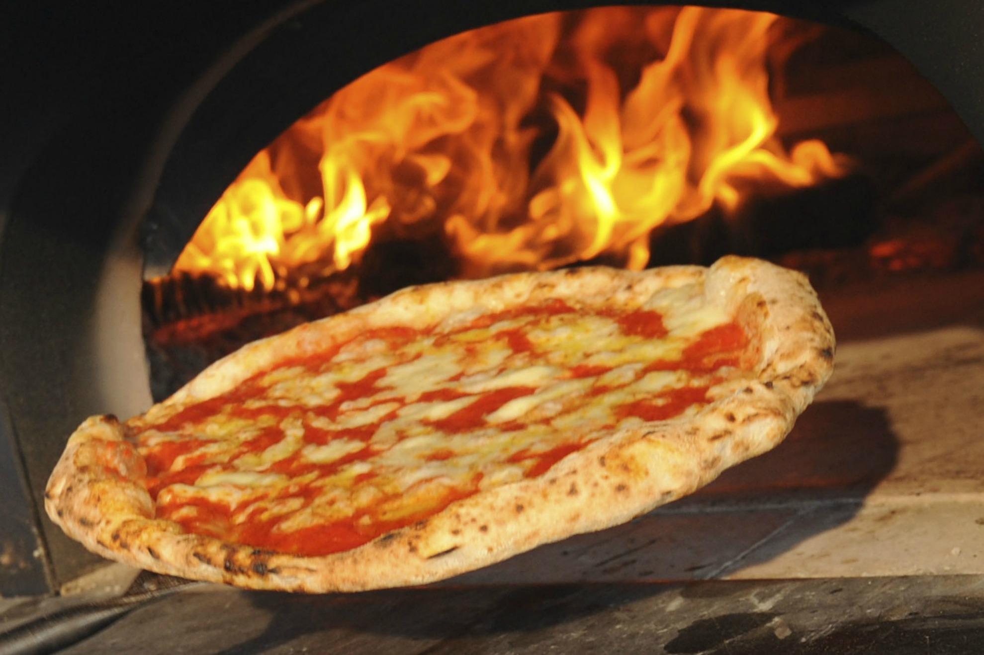 Cosa mangiare a napoli i 15 cibi rappresentativi della for Cibi tipici di roma