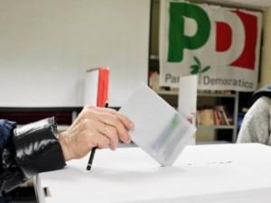 Napoli, voto di scambio nel Pd: indagate Ulleto e Giugliano