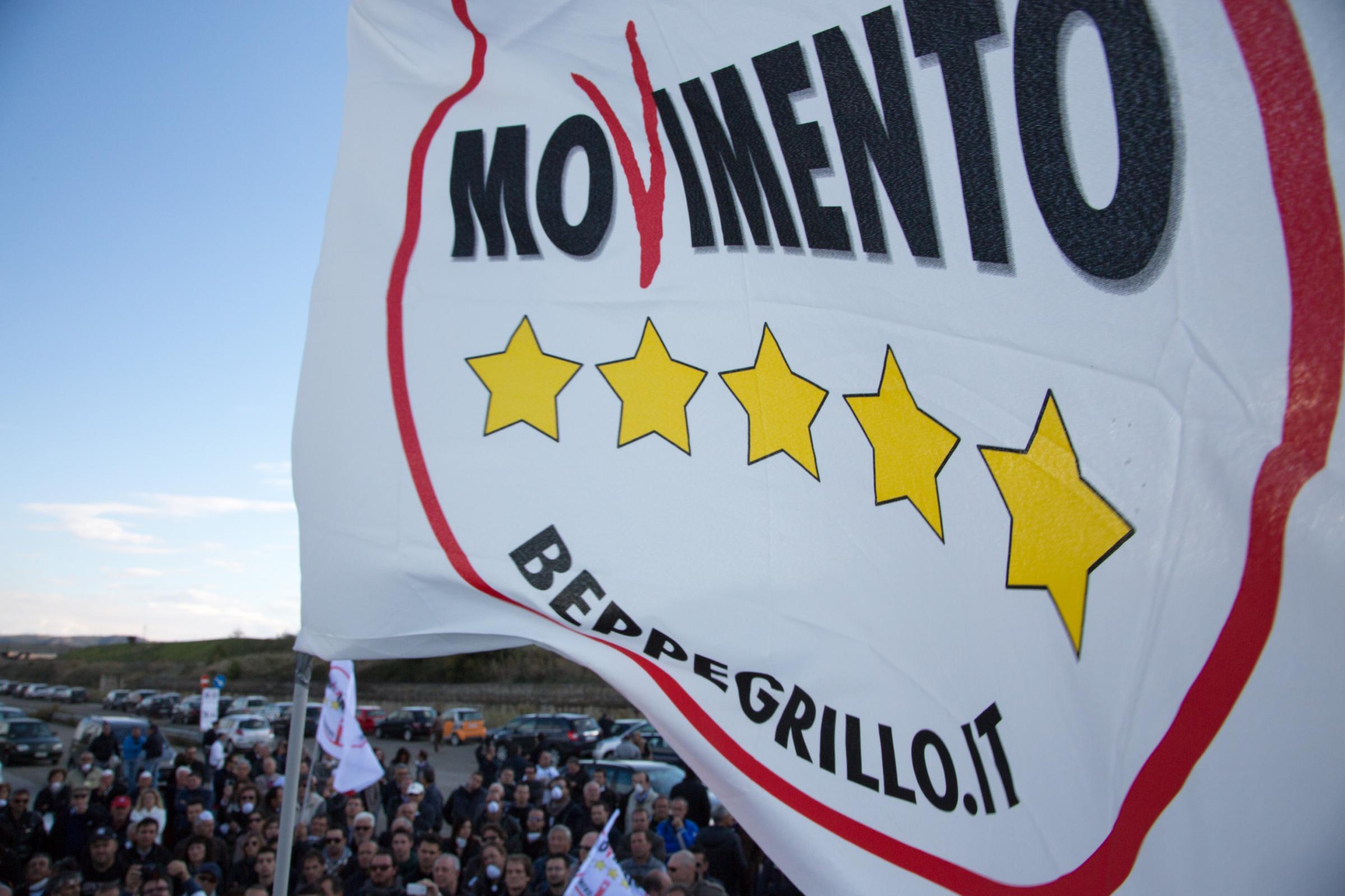 Elezioni regionali Campania 2020, i candidati del Movimento 5 Stelle e le  liste per circoscrizione