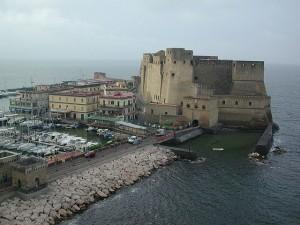 Castel dell'Ovo e Borgo marinari (@jvagle).