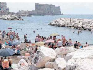 """Meteo Napoli weekend 10-11 giugno, temperature africane grazie a """"Giuda"""""""