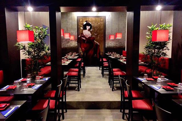 Interno ed esterno del ristorante giapponese Zen 2