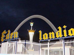 Il nuovo ingresso dell'Edenlandia dopo i lavori di restauro
