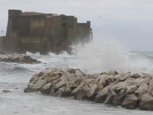 Meteo, allarme maltempo da domani in Campania: allertata la protezione civile