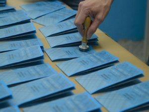 Elezioni Comunali Sant'Antimo: 321 tessere elettorali in una casa, 3 arrestati