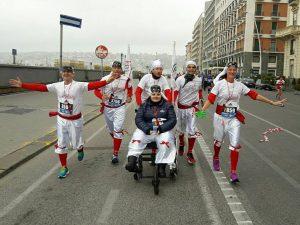 La forza di Giada, in sedia a rotelle alla mezza maratona di Napoli