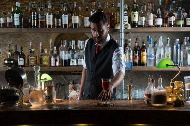 Cocktail e sartoria napoletana: Bloodyroska, il marchio di moda Made in Italy vola in America