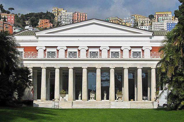 Esterno di Villa Pignatelli (Wikipedia).