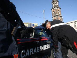 Napoli, 16 arresti per droga: a capo del gruppo Genny 'a Carogna