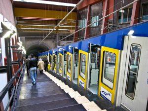 Freni guasti alla Funicolare di Montesanto: treni fermi per quasi un'ora