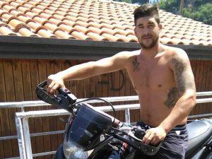 Vico Equense dice addio a Catello Donnarumma, il 26enne morto a bordo del suo scooter
