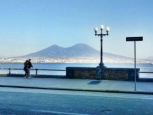 Meteo Napoli, nel weekend 15-17 settembre torna l'estate: temperature sopra i 30 gradi