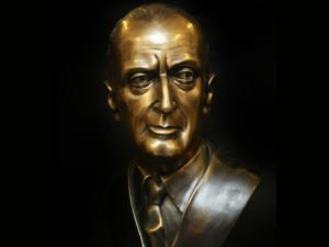 50 anni senza Totò: al Rione Sanità due monumenti alla sua memoria