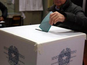 Nocera, corruzione elettorale: 19 indagati e 4 arresti
