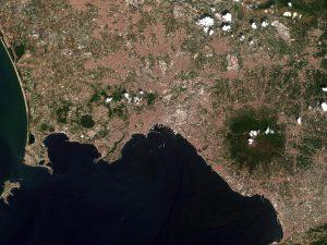 Napoli vista dal satellite Sentinel-2B: la spettacolare immagine dallo spazio