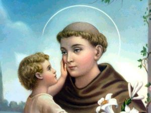 Il 13 giugno si festeggia Sant'Antonio da Padova, che fu patrono di Napoli per 15 anni