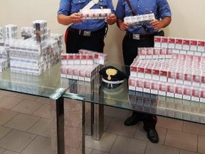 In casa 2.300 pacchetti di sigarette di contrabbando: arrestato un 30enne
