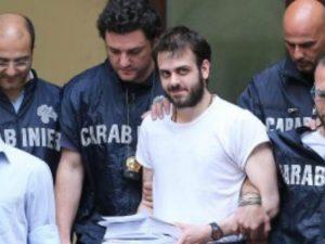 Camorra, ergastolo al boss Accurso per il duplice omicidio di Secondigliano