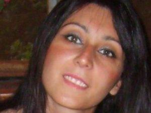 Raffaella Esposito Alaia, morta sulla spiaggia di Torre di Mare