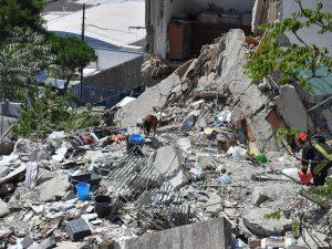 Crollo Torre Annunziata, venerdì i funerali delle 8 vittime della tragedia