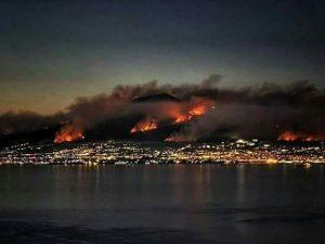 Incendi sul Vesuvio, è l'ora degli sciacalli. In tre volevano entrare in una casa evacuata