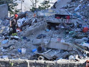 Crollo palazzina Torre Annunziata: dieci indagati per omicidio colposo