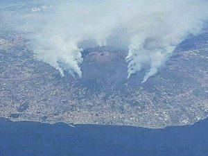 Ecco perché vengono appiccati gli incendi sul Vesuvio