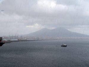 Previsioni Meteo Napoli: bomba d'acqua in arrivo. E temperature in calo