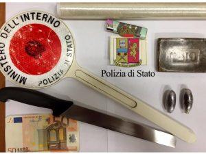 Portici, la droga è nascosta nella macchinetta del caffè: arrestato pusher 45enne