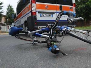 Marcianise, con lo scooter investe e uccide un ciclista: era sotto l'effetto di droga