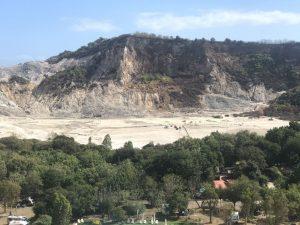 Solfatara Pozzuoli: 3 morti inghiottiti dal cratere, era una famiglia di turisti