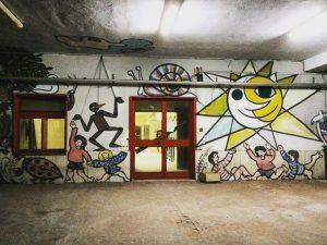 Scampia, il caso del Cantiere 167: centro sociale che occupa una scuola rimessa a nuovo