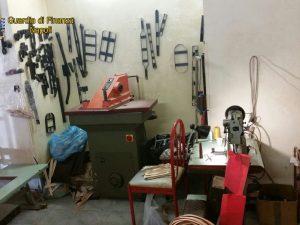 Fabbricavano borse firmate false: denunciate 6 persone a Napoli