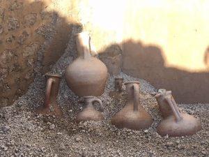 Sorpresa agli Scavi di Pompei: affiorano anfore romane intatte durante gli scavi