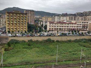 Resta chiusa la Galleria Laziale: Napoli è tagliata in due. Lunghe code a Fuorigrotta